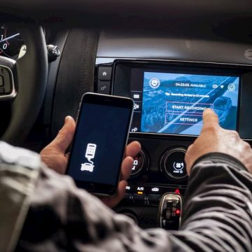 How To Set Up Apple CarPlay in Your Vehicle